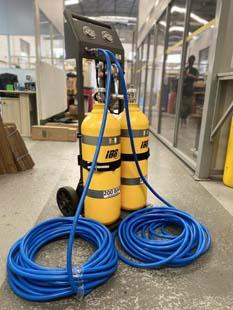 Equipamento de ar mandado torna espaços confinados mais seguros, veja onde adquirir equipamentos de qualidade